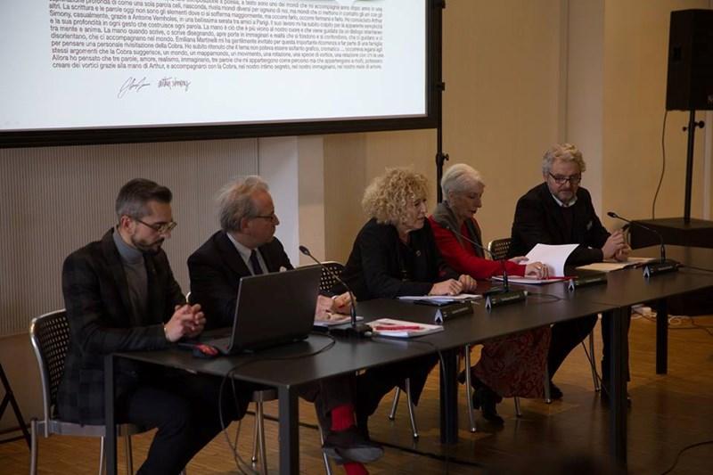 23 DESIGNERS A LA TRIENNALE POUR LE 50ème ANNIVERSAIRE DE COBRA