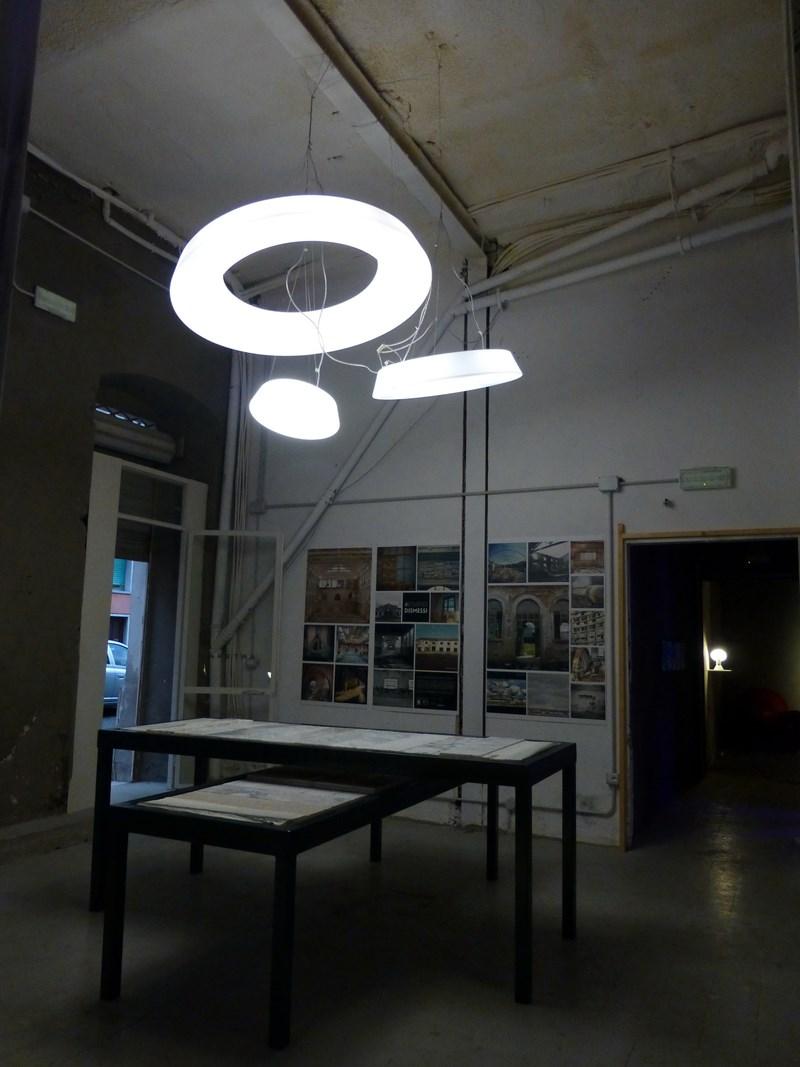 Emiliana Martinelli e la sua opera Light Wheel  a Carrara Marble Week 2014